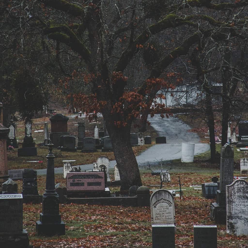Scott Walker Sacrificed WI Casino Deal on Altar of Iowa 'Ghost Hunter'