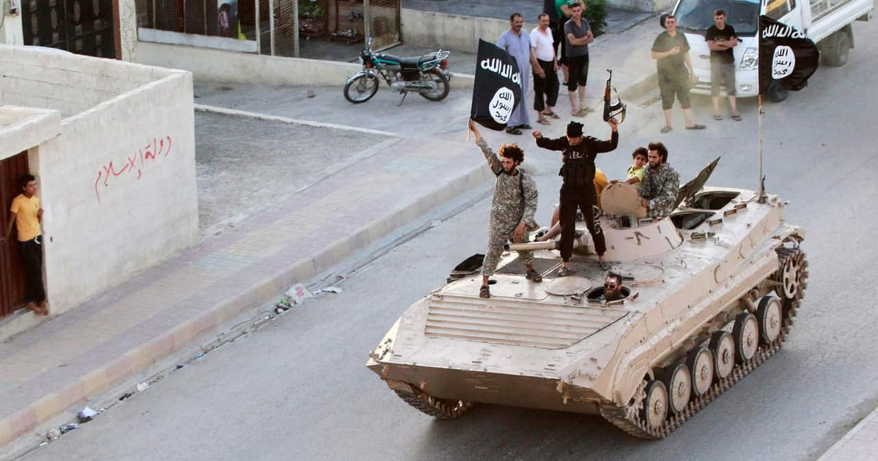 ISIS Terrorist Posts Selfie, Gets What He Has Coming (VIDEO)