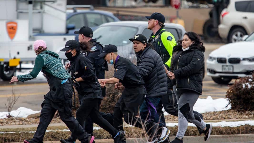 Man 'Open Carries' Gun In Downtown Colorado Springs, Shoots 3 Dead (VIDEO)