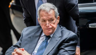 GOP Child Molester Hastert Wants Probation For Sex Abuse
