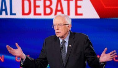 Bernie Sanders' Healthcare Plan Getting Big Boost From Major Democrats