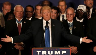 As Trump Clings To His Racist Birther Beliefs His Campaign Spins Into Full Denial