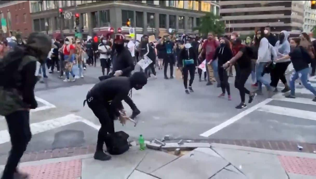 Attention Protesters That Over-Zealous Agitator Might Be A Cop (VIDEO)