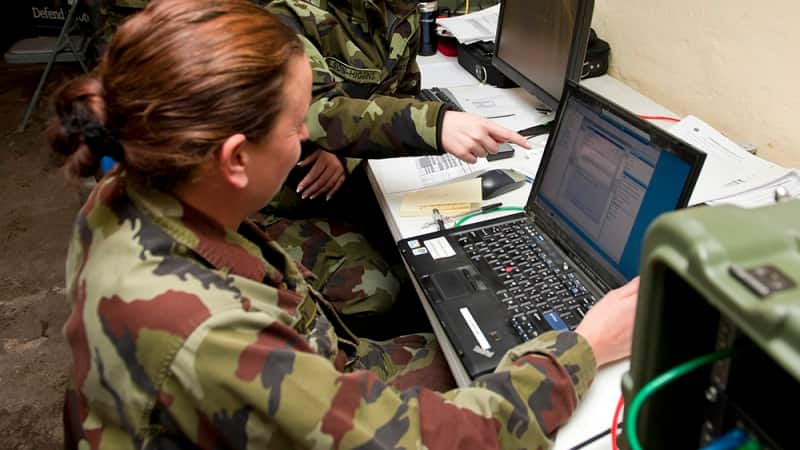 BREAKING Russia Caught Red Handed Hacking to Influence French Election by US Cyber Command