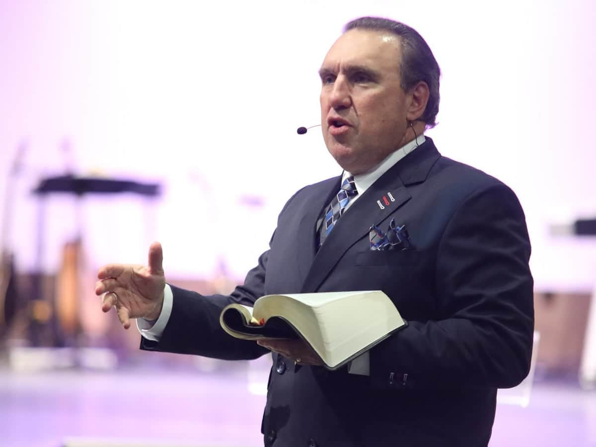 Christian Pastor Preaches Extremism For Children