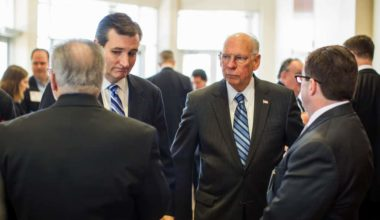Cruz Attacks Obama For Cuba Visit Even Though His Dad Fought For Castro (VIDEO) (1)
