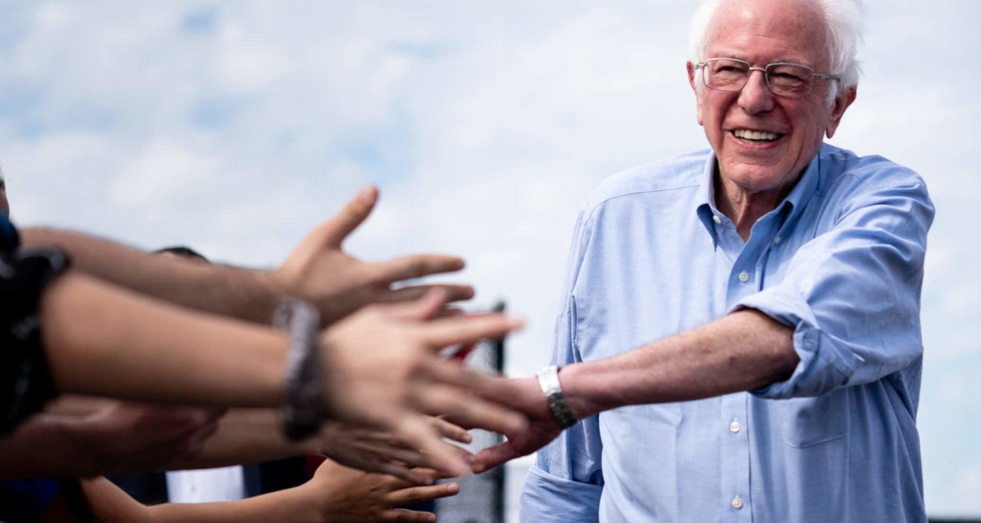 Elizabeth Warren Faces Online Attacks Over Bernie's MA Loss