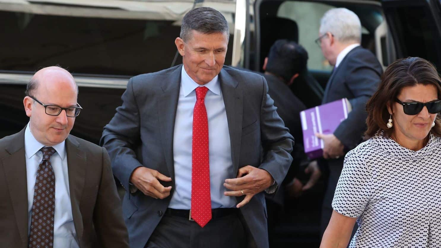 If Rumors of Flynn's FBI Cooperation are True, it Could be Game Over for Trump