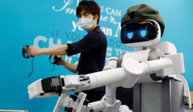 In Japan, Robots May Take Up Slack For Dwindling Workforce (VIDEO)